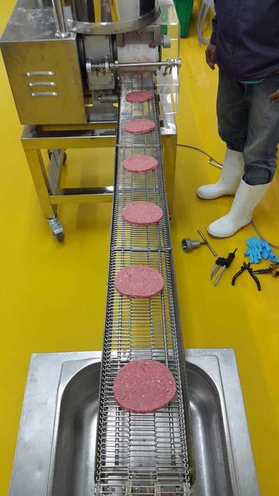 burger machine meat pie